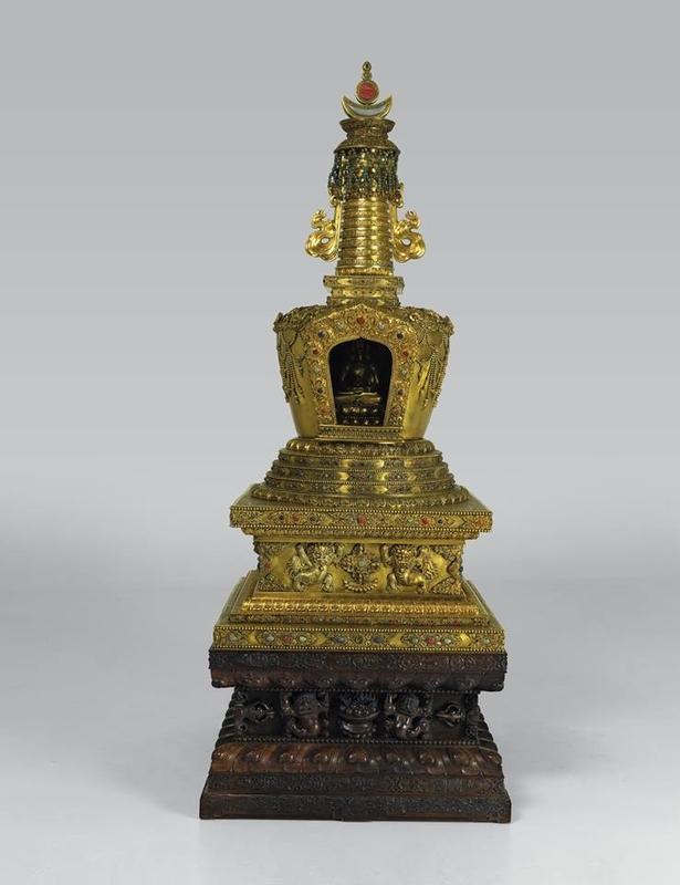 Stupa containing Empress Dowager Chongqing's hair and Amitayus Buddha. 1777, Qianlong period.