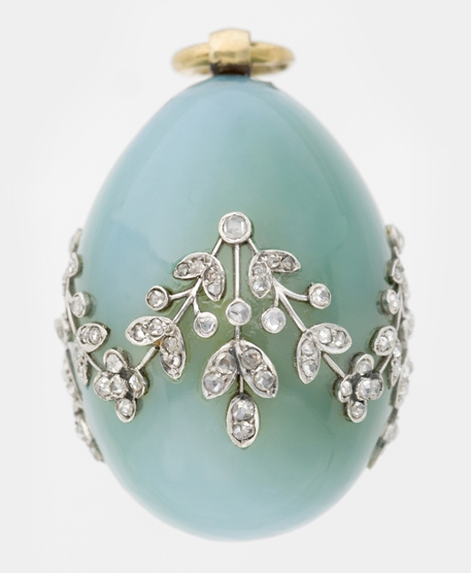 Miniature Easter egg pendant. Undated.