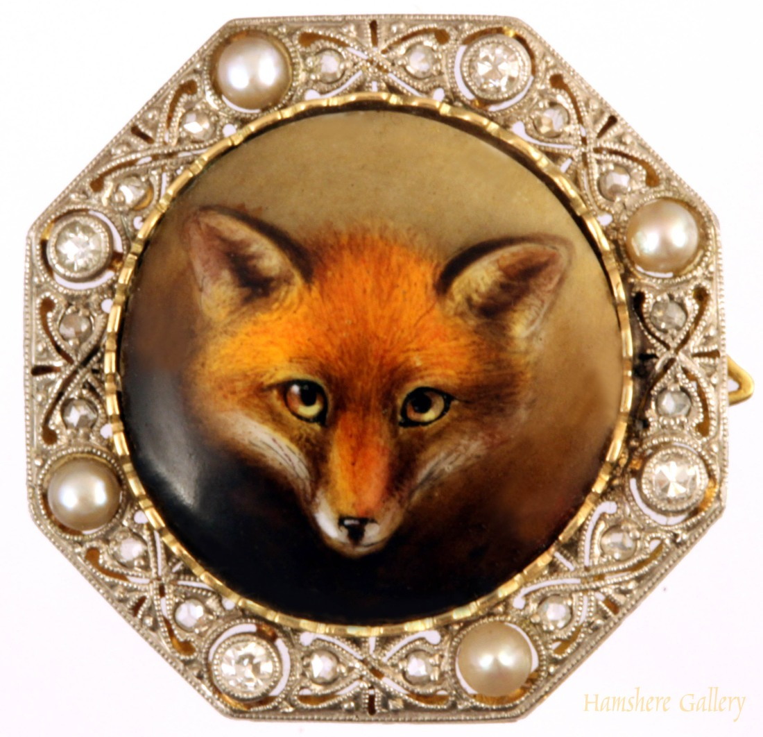 Fox mask brooch. ca. 1905.