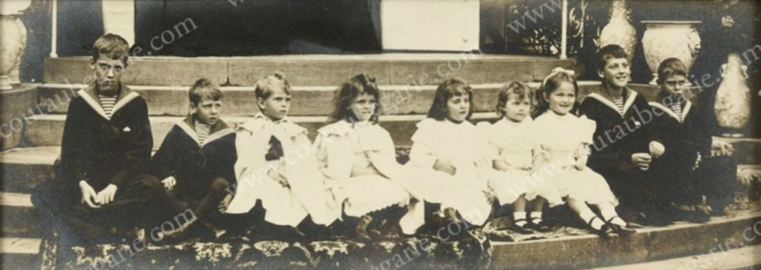 Royal cousins on holiday in Denmark in 1899 (detail). via Facebook.