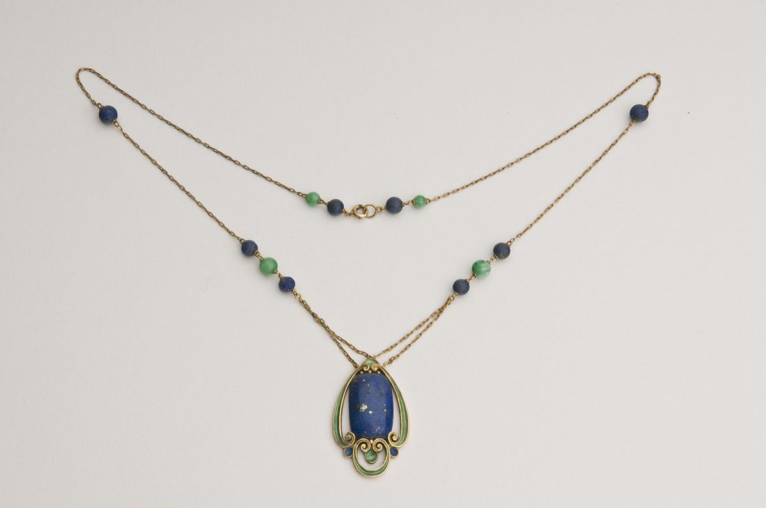 Necklace. ca. 1915.