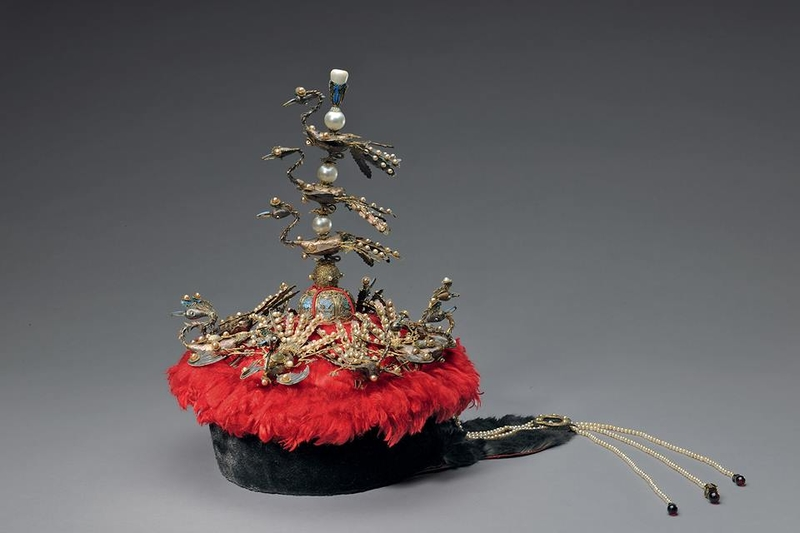 Court hat with phoenixes. 18th or 19th c.