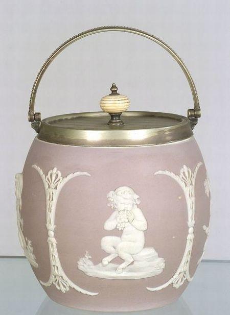 Dip biscuit jar. Manufactured in 1875.
