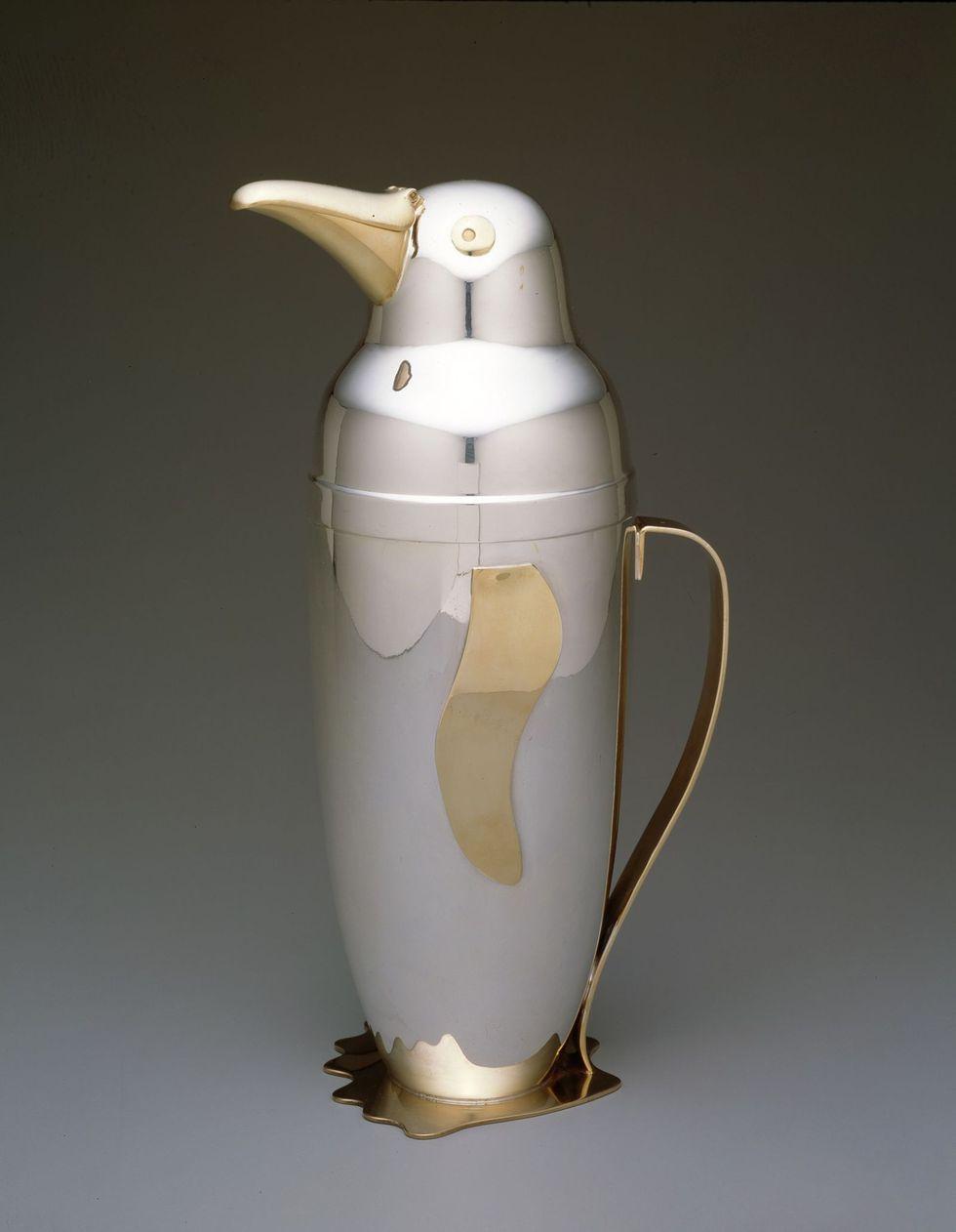Penguin cocktail shaker. 1936.
