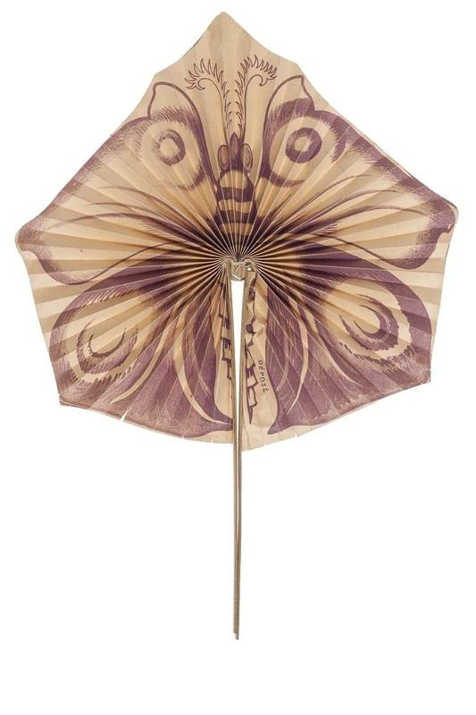Papillon fan. 1910-1920.