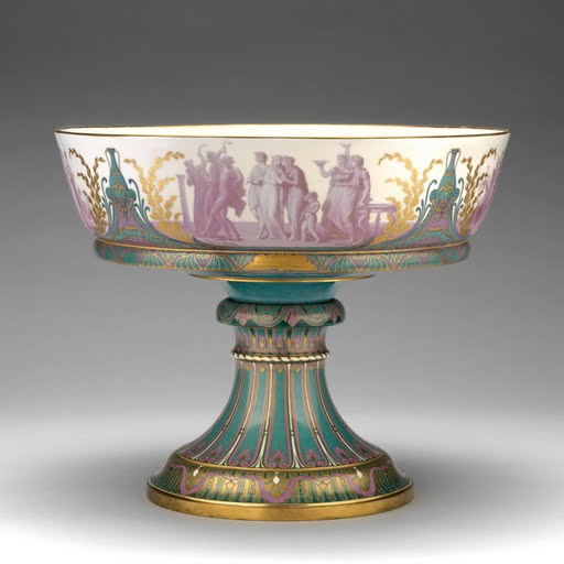 Footed bowl. 1863-1870.