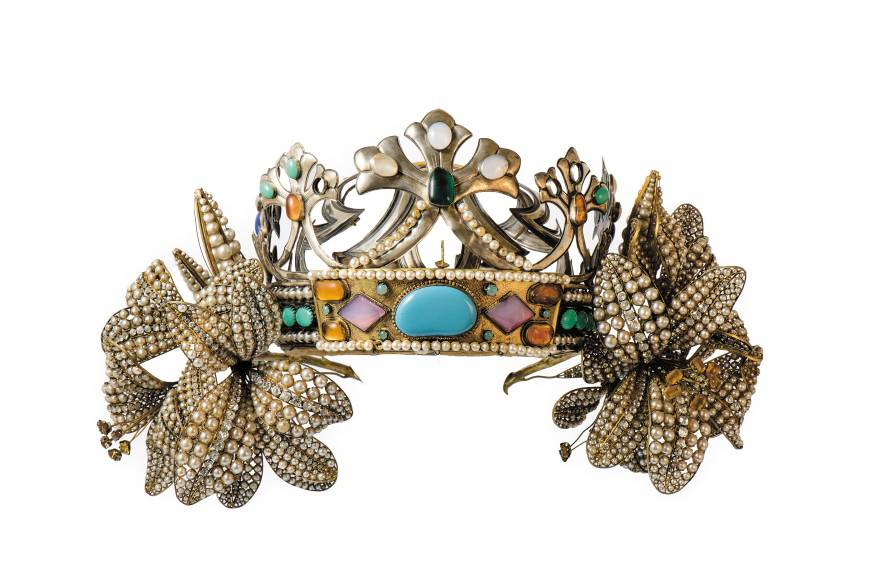 """Lilies"" diadem designed for a  production of  ""La Princesse Lointaine."" c. 1895."
