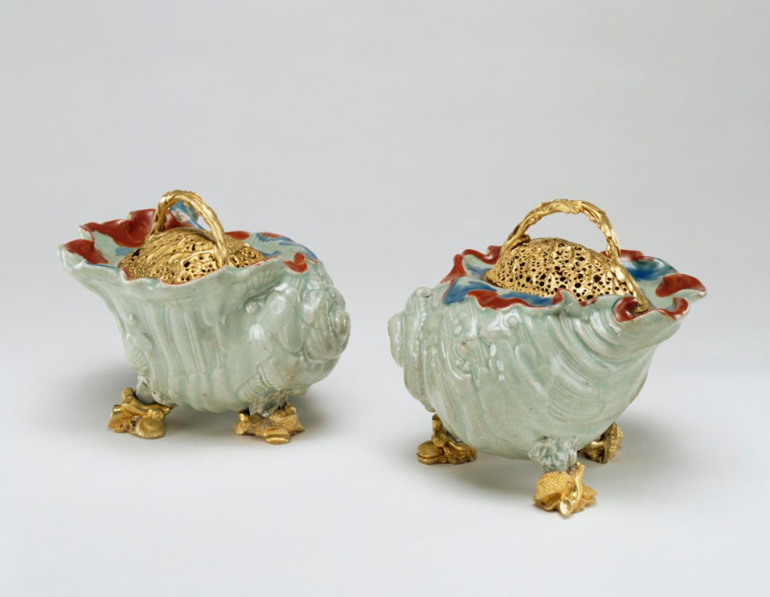 Pot pourri bowls.