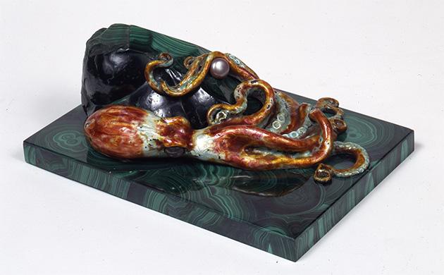 Octopus on malachite base. 20th c.