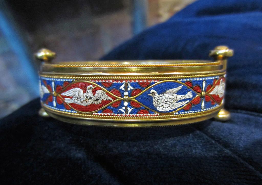 Micromosaic bracelet. Mid 19th c.