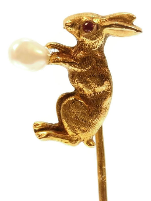 Rabbit tie pin with pearl. ca. 1890. Victorian. French.