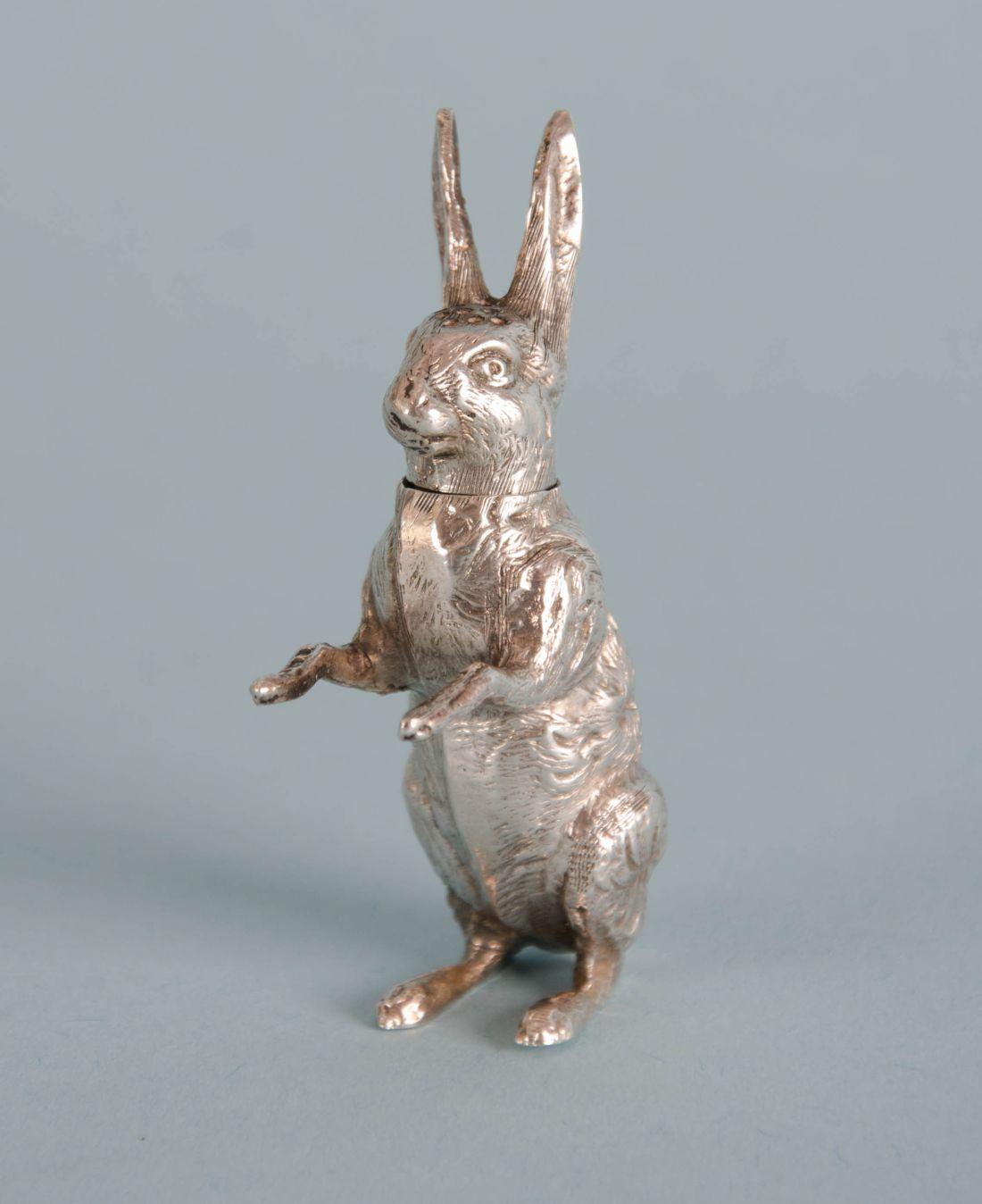 Hare pepperpot. 1903. Edwardian.