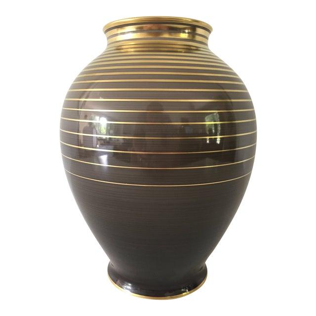 Vase. 1930's. Art Deco in style.