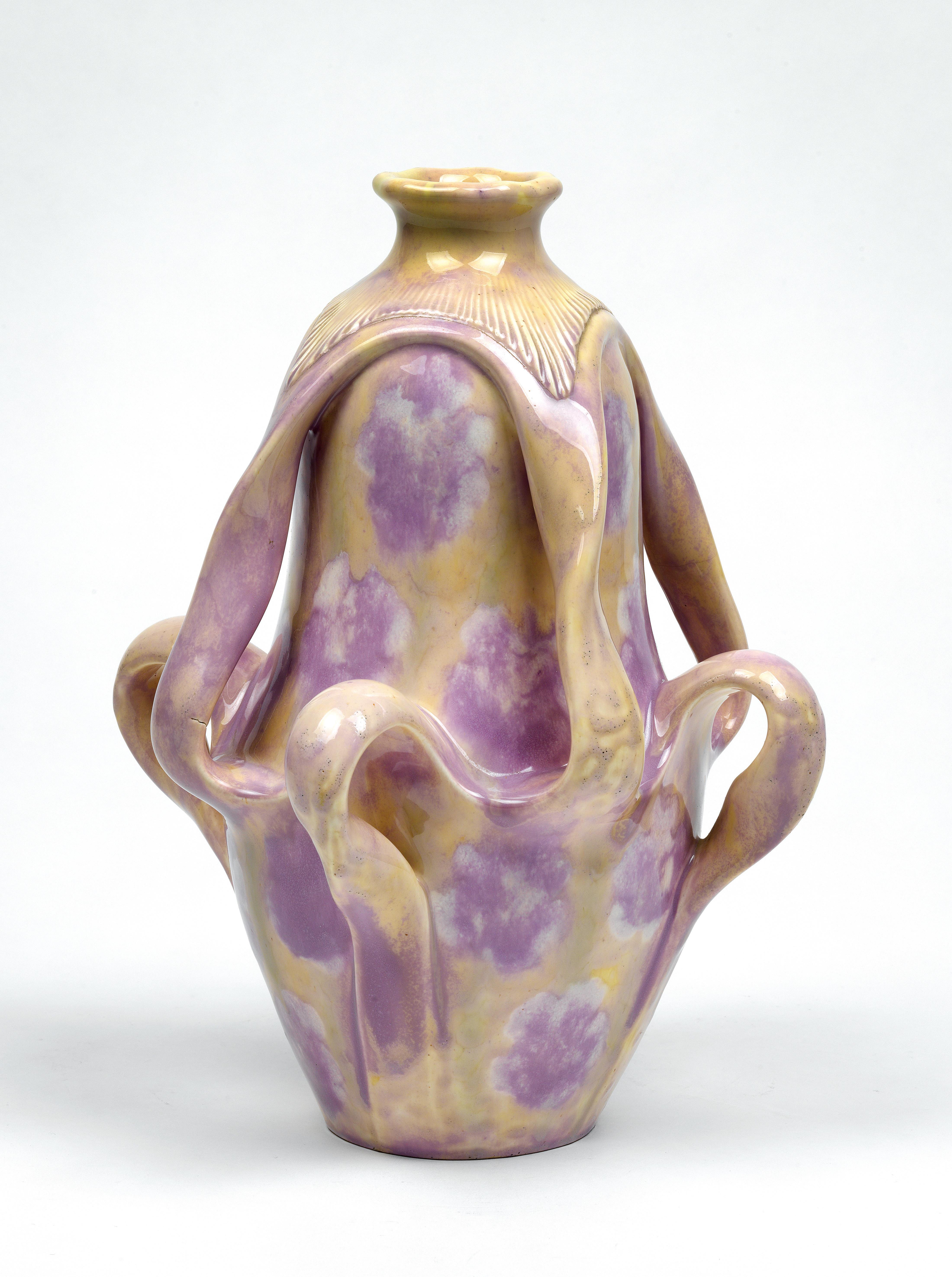 Vase. ca. 1908-11.