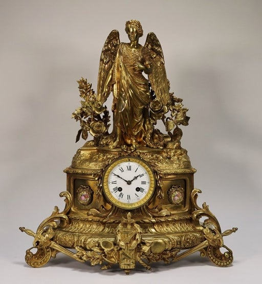 Mantel clock. Late 19th c.