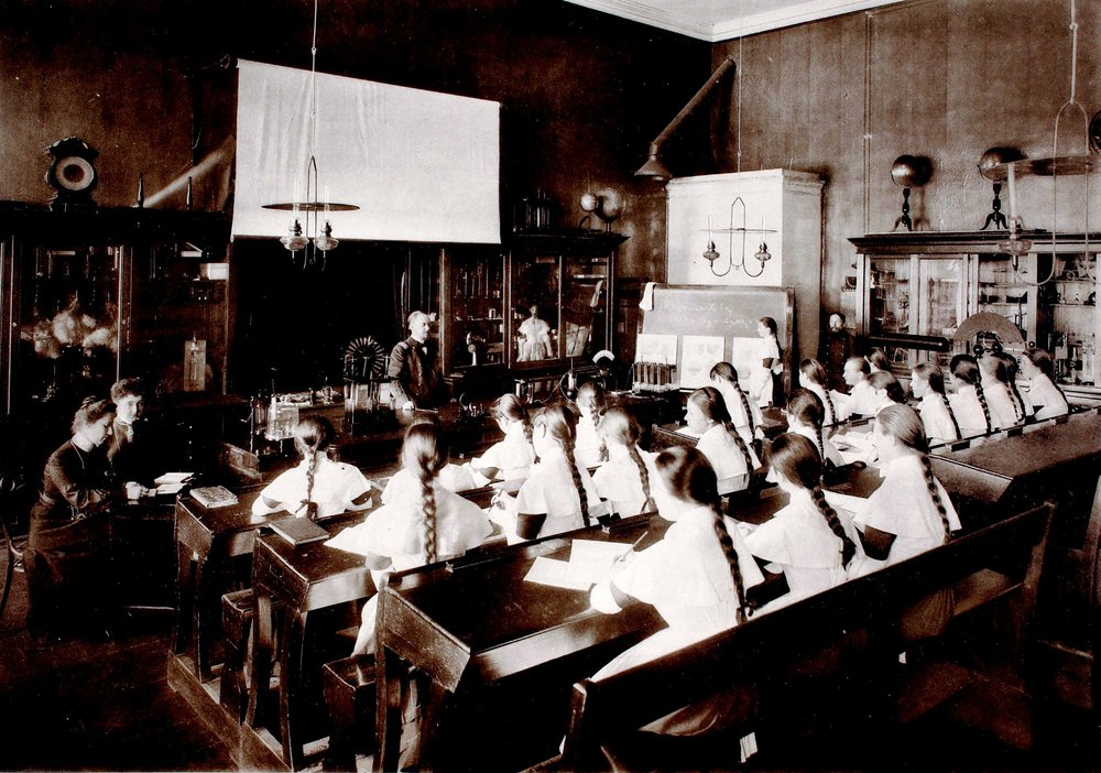 A physics lesson at the Smolny Institute, Saint Petersburg.