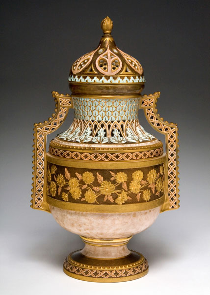 2012_Aesthetic_Ambitions_36-covered-vase_428W