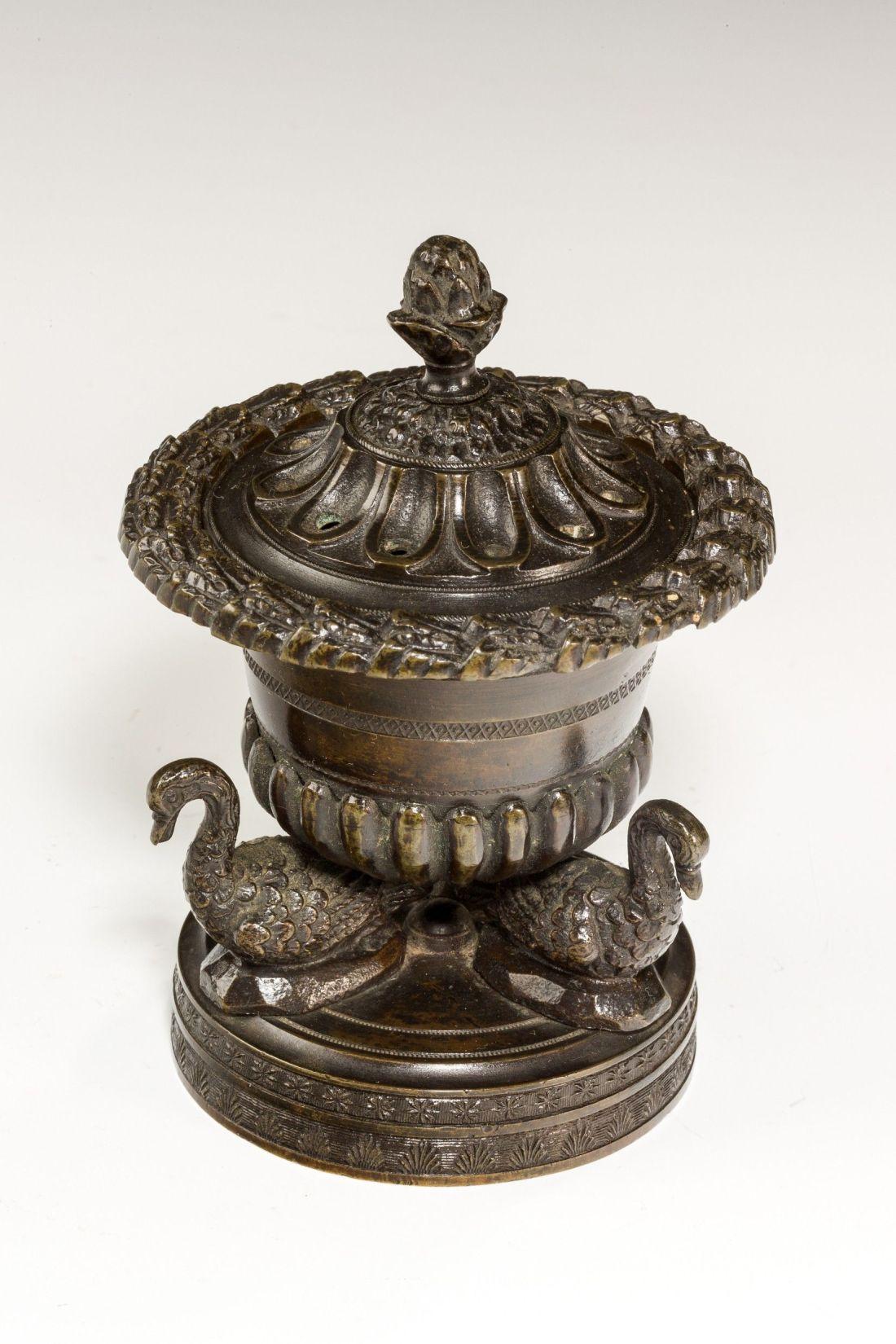 bronze-pastille-burner-three-swans-Regency-antique-5312_2_5312